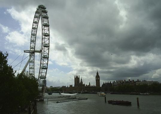 Westminster skyline from Hungerford footbridge