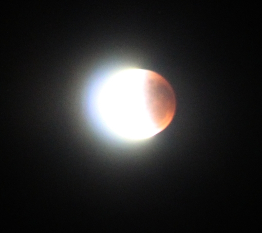 Lunar eclipse 28 Sep 2015, about 3:15 amEclipse1