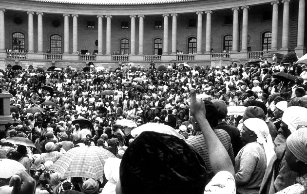 Women's March to the Union Buildings, 9 August 1956, protesting against a law requiring black women to carry passes.